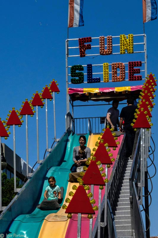 kids fun slide at Millbrae festival